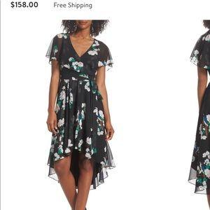 Eliza J Dresses - Wrap dress Eliza j floral black/green